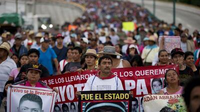 Demandan justicia a un año de las desapariciones de Ayotzinapa