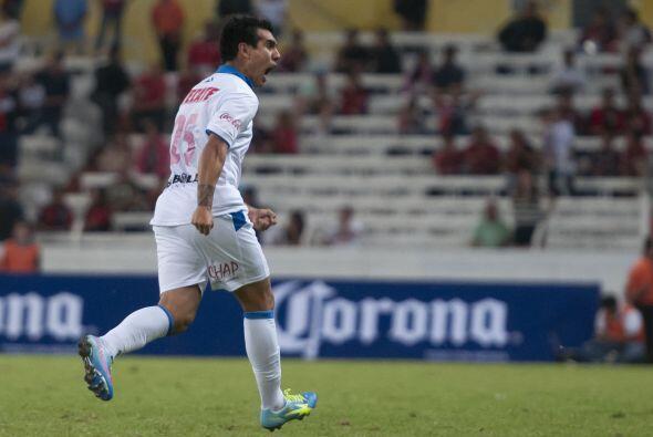 Leandro Gracián.- El argentino entró al minuto 54 y ayudó a quitarle la...