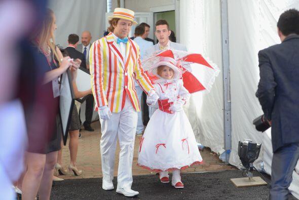 Para esta celebración la pequeña se enfundó en el traje de Mary Poppins....