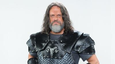 Leonardo Branco es el Comandante Tibar en 'La tierra prometida'.