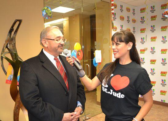 El City Manager (Administrador) de la Ciudad de Hidalgo, TX, Joe Vera, l...