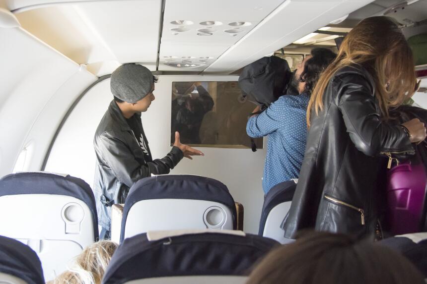La familia en el avión