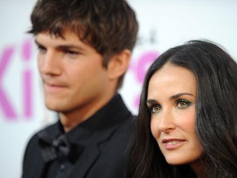 Ashton Kutcher y Demi Moore comenzaron a salir en 2003, luego de que la...