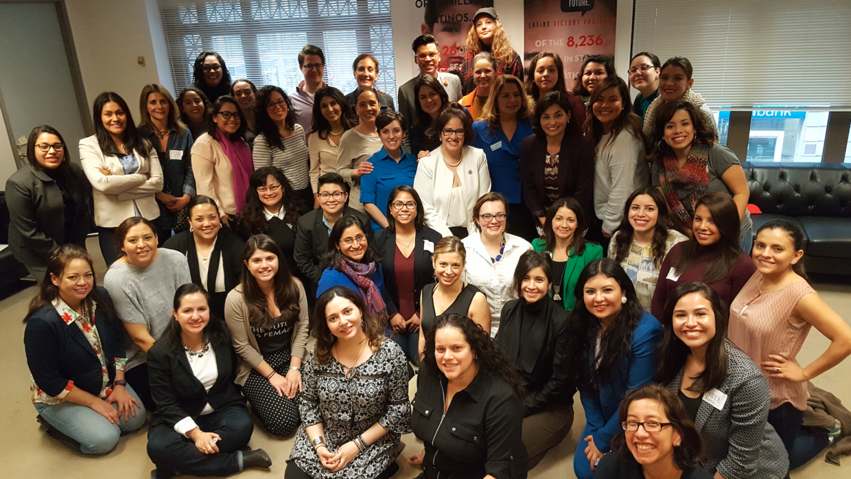 Latinas gather for a 'cafecito' discussion in Washington