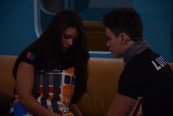 Luis en cambio dice que no se acercaba porque no la quería empala...