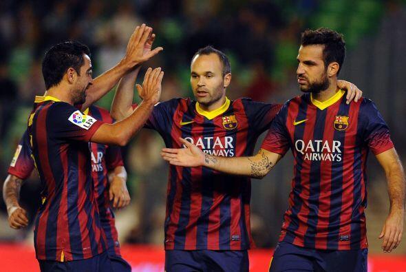 Ahora fue el turno para que Fábregas se uniera a la lista de goleadores.
