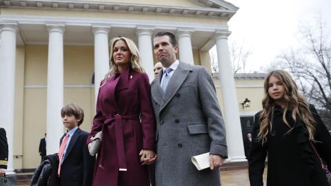 Donal Trump Jr. junto a su esposa Vanessa Trump y sus hijos Donald Trump...