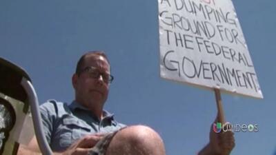 Residentes de Murrieta están enojados por el traslado de 140 inmigrantes...
