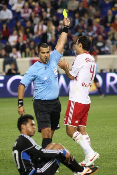 Debido a esa roja, Márquez fue suspendido tres partidos por el Comité Di...