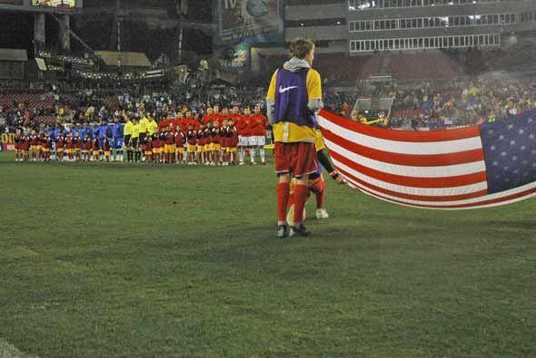 Estados Unidos y El Salvador se enfrentaron en un partido amistoso en el...