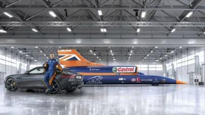 El Bloodhound SSC intentará romper el récord de velocidad sobre tierra a...