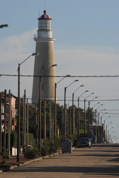 El suboficial Julio César González, de 42 años, farero de la torre del C...