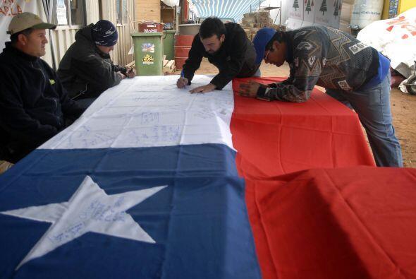 El presidente Sebastián Piñera reiteró, a su vez, la continuación de los...