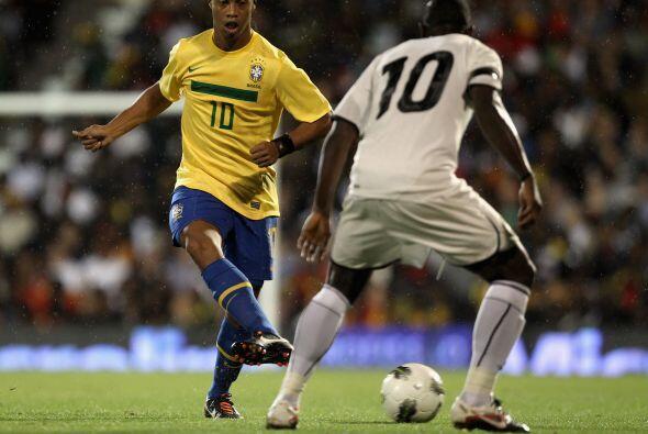 Su regreso al fútbol brasileño le ha ayudado a retomar gran parte de su...