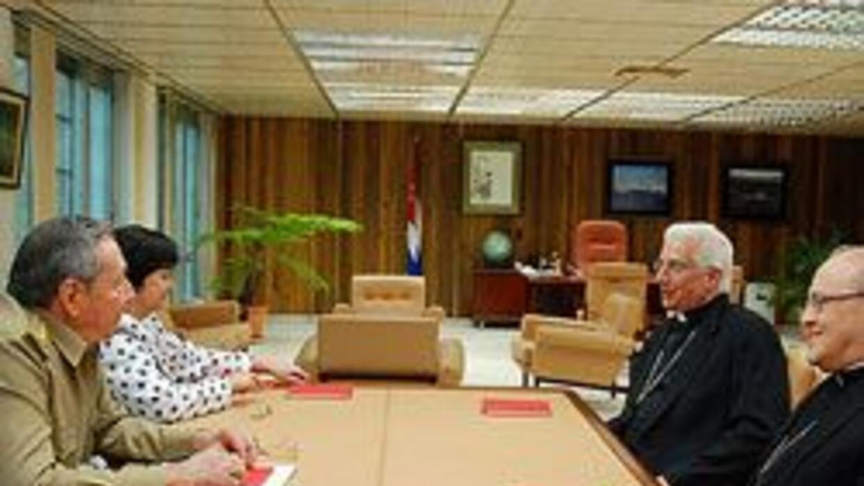 Iglesia de EU se solidariza con la de Cuba para pedir mejoras en Cuba 8e...