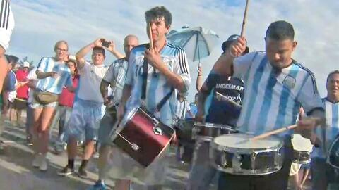 Así vivió la afición argentina los momentos previos al encuentro contra...