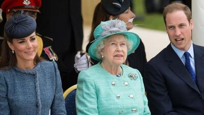 La reina ya conoció a su bisnieto