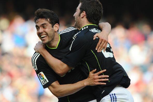 Kaká marcó dos goles y fue su mejor partido desde que reapareció con los...
