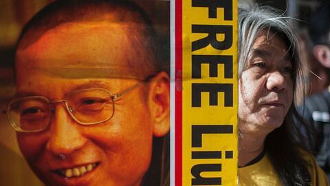Liu Xiaobo fue galardonado con el Premio Nobel de la Paz un año después...