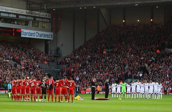 Mientras tanto el Liverpool se enfrentó al Swansea City.