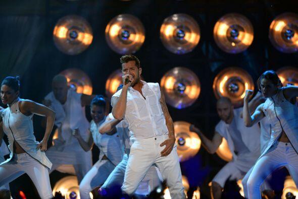 Su actuación emitió las mejores vibras y el escenario fue un santuario d...