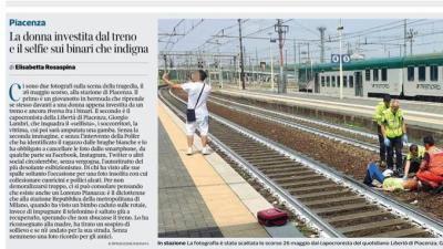 Un joven se hace una selfie con una mujer arrollada por un tren y las redes responden con ira
