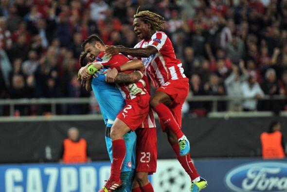 El Olympiakos griego del técnico español Michel sacó un valioso empate e...