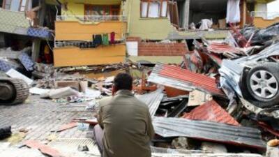 Las autoridades dijeron que el sismo del domingo causó la muerte a por l...
