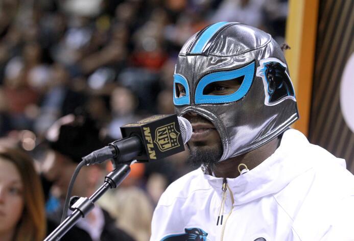 Turno de Carolina Panthers en el Opening Night del Super Bowl 50