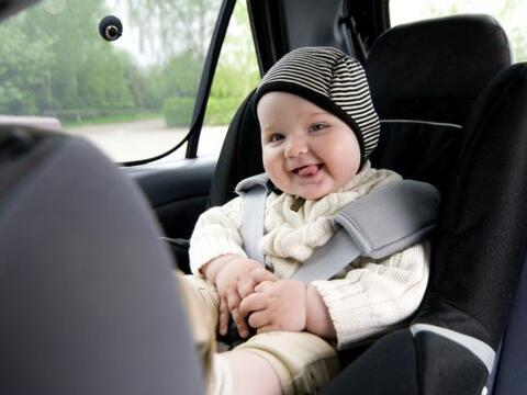 Dejar al bebé en el coche se ha vuelto la causa más com&ua...