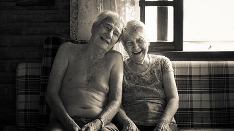 El bienestar sexual reduce la depresión, el aislamiento social y...