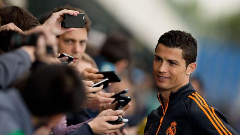 Ronaldo atendiendo a la prensa días previos a la final de la Liga de Cam...