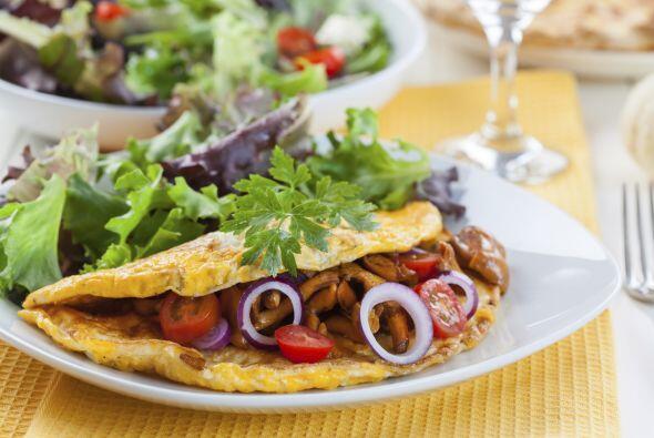 'Omelette'. Puede combinarse con otros ingredientes saludables y nutriti...