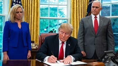 Tras fuertes críticas y presiones, Trump ordena detener la separación de familias en la frontera