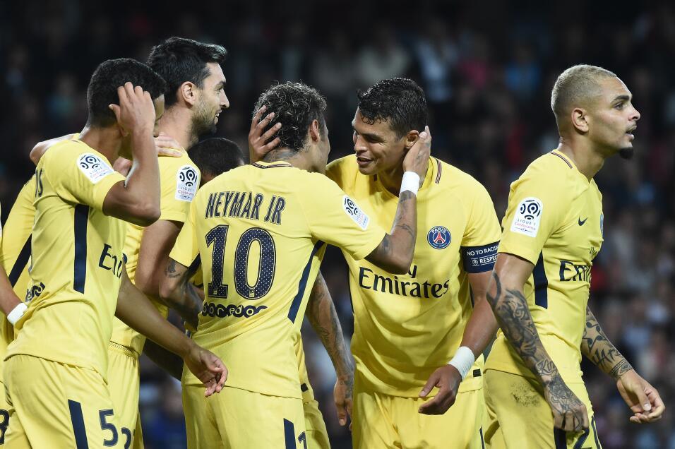 Neymar tuvo debut de ensueño en triunfo del PSG GettyImages-831112014.jpg