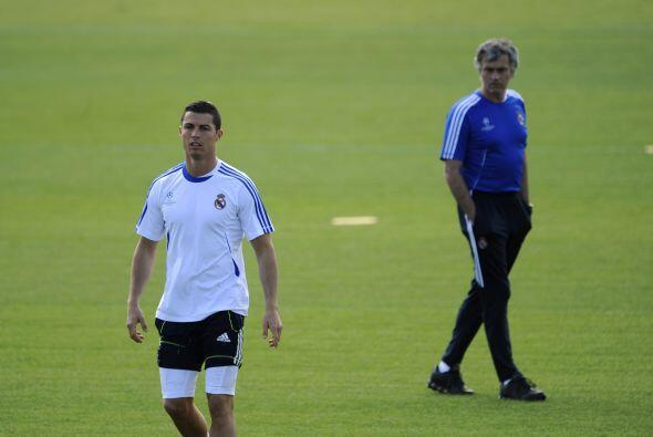 José Mourinho es hoy en día el mandamás del Chelsea y, es del dominio pú...