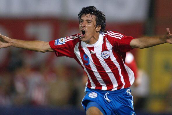 Volvió a su país para un paso breve por el Cerro Porteño y ahora defiend...