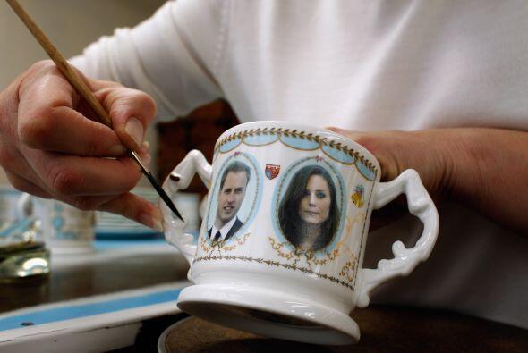 Los rostros de los comprometidos están siendo plasmados en diversos artí...