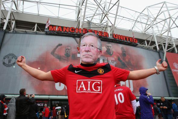 No todos los días un estadio como Old Trafford vive el último juego en e...