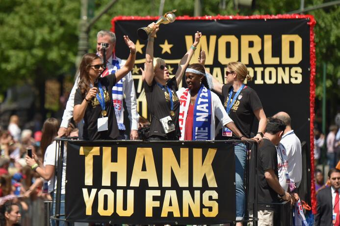 Estados Unidos se coronó campeón del Mundial Femenino 2015 al vencer 5-2...