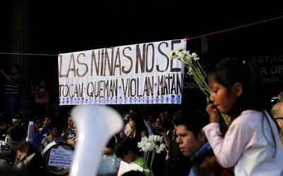 Rumanía: al menos 27 muertos tras incendio en discoteca  Guatemala-prote...