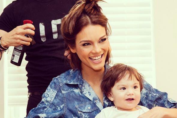 Zuleyka Rivera es otra mami orgullosa. Mira aquí lo último en chismes.