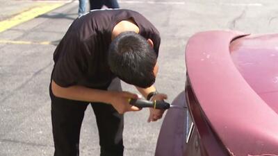 Policía de Los Ángeles denuncia el robo de cientos de placas de vehículos para cometer delitos