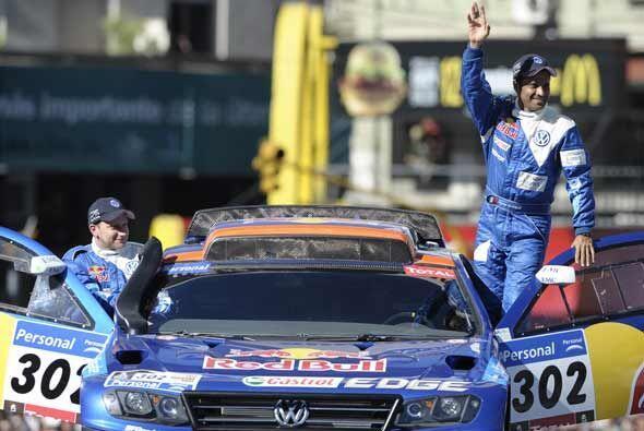 Sainz empezó el Rally Dakar 2011 como el gran favorito para ganar en su...