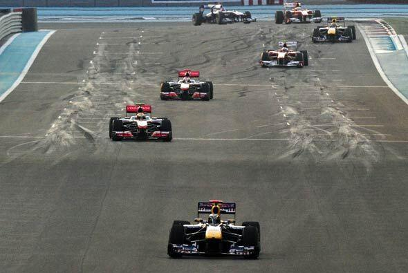 Vettel aprovechó cada segundo de la carrera para ampliar su ventaja sobr...