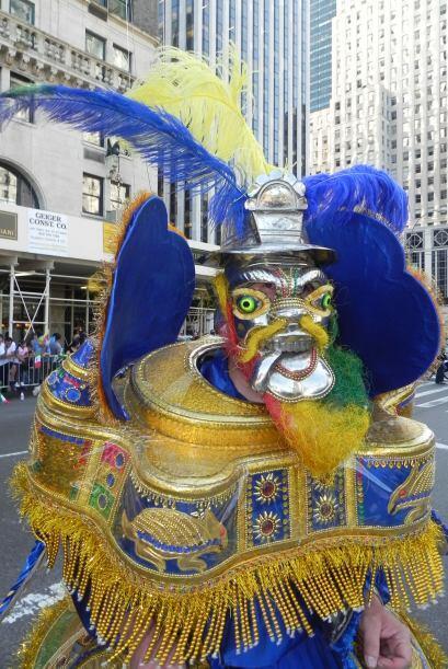 imágenes en el desfile de la Hispanidad ac50d562582e4a26be79ea1d11e337cf...