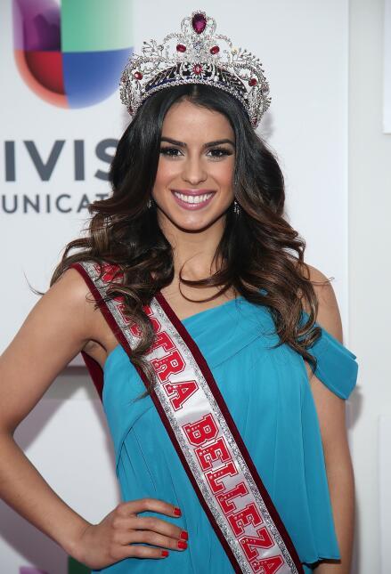 Reinas que han portado la corona de Nuestra Belleza Latina - Página 2 ?url=https%3A%2F%2Fcdn3.uvnimg.com%2Fb7%2F49%2F2c6433324f25ae2280367d7385e2%2Fgettyimages-168744315