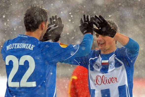El Lech se puso en ventaja con el gol de Rudnevs al minuto 12.