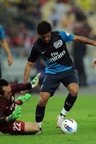 Sin embargo, se dio la vuelta de un viejo conocido de Arsenal, Carlos Vela.