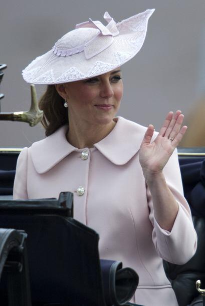Los sombreros que usa son la envidia de todas.